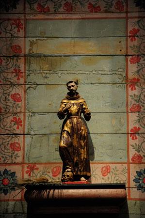 altar detail Mission San Miguel