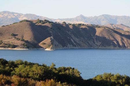 Lake Cachuma, Bradbury Dam