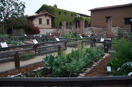 gardens as mission san juan capistrano