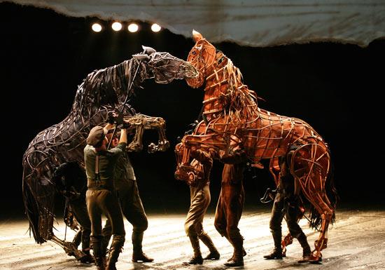 warhorse, puppets
