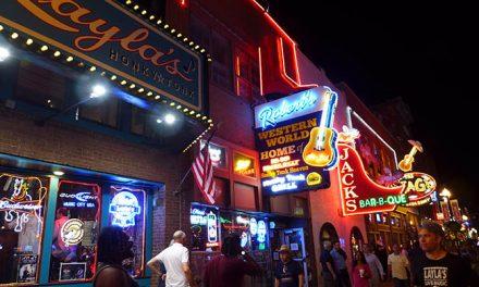 Sundown in Nashville